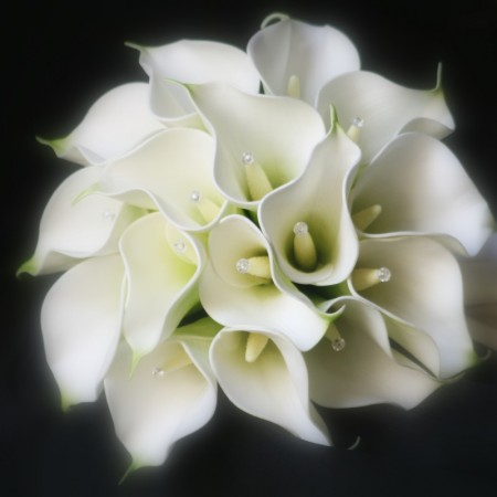 artifical wedding bouqet calla lilys and diamonds